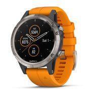 Мультиспортивные часы Garmin Fenix 5 PLUS Sapphire титан с оранжевым ремешком (010-01988-05)